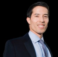Andrew Pucher (MBA/JD 09)